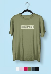 "T-shirt ""Never alone"""